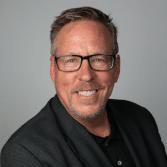 Dr. Robert Hludzinski of Dental365